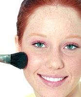 Maquiagem para valorizar as sardas