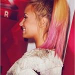 mechas rosa no cabelo loiro