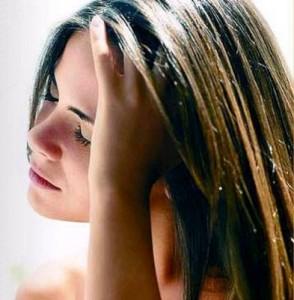 Saiba como tratar do seu cabelo estragado em casa