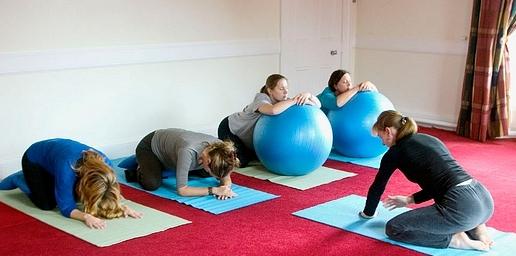 Saiba que tipo de exercícios a praticar durante a sua gravidez