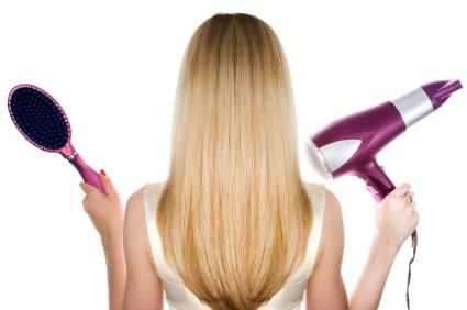 Saiba como obter um cabelo liso e sublme, seguindo os nossos truques